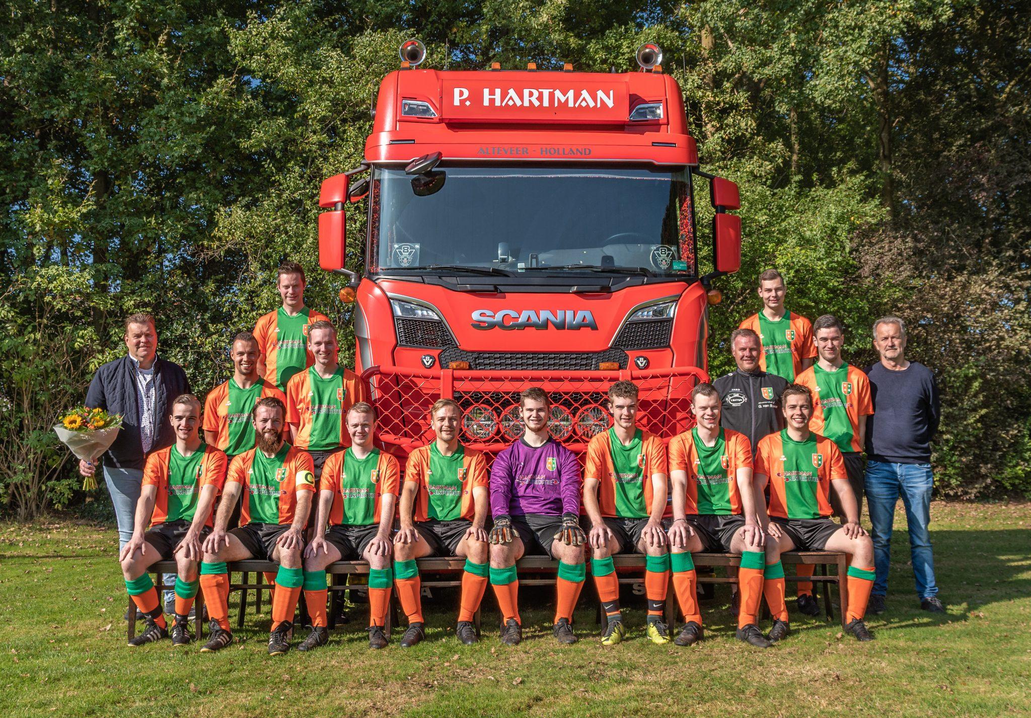 Hartman Expeditie nieuwe sponsor van het tweede elftal